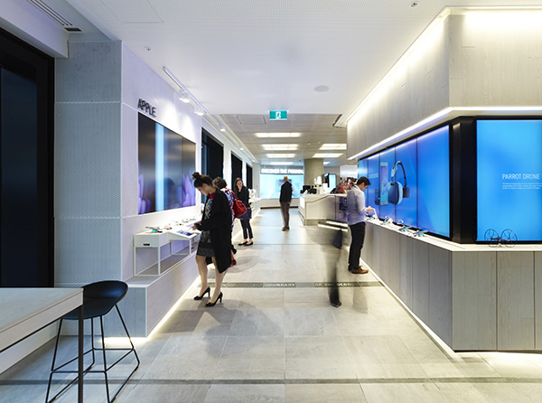 Telstra Discovery Store3