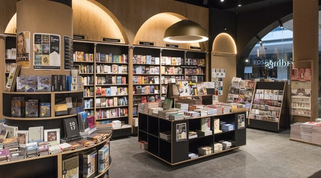 Image of Readings store in Westfield Doncaster