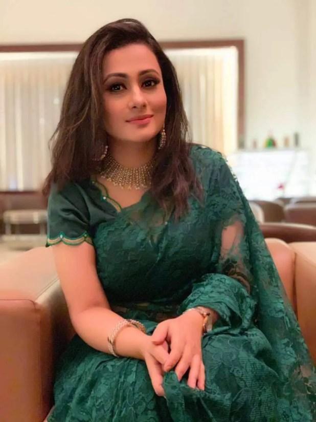 Bangladeshi actress purnima in blue saree
