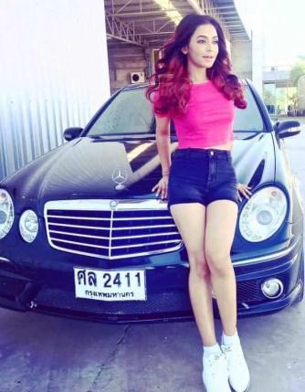 Nusrat Faria With Car Image