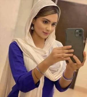 Payelia Payel her Mobail Phone