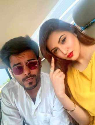 Siam Ahmed with Porimoni