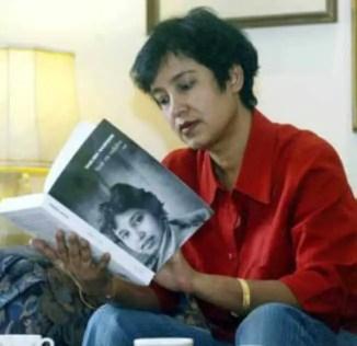 Taslima Nasrin Read Picture
