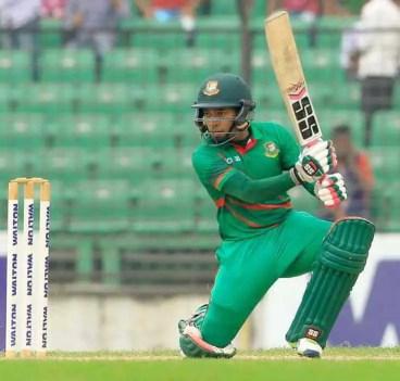 Musfipur Rahim with bating Photo