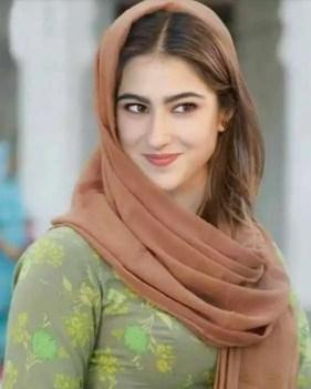 Sara Ali Khan hot