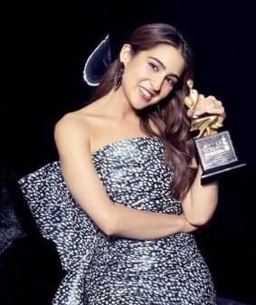Sara Ali Khan award Photo