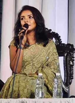 Meher Afroz Shaon at Singing Picture