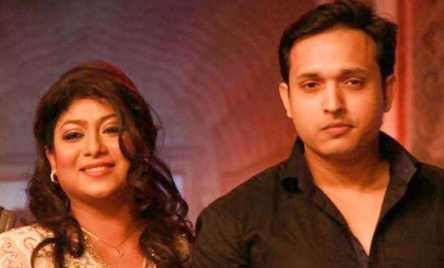 Shabnur With her husband