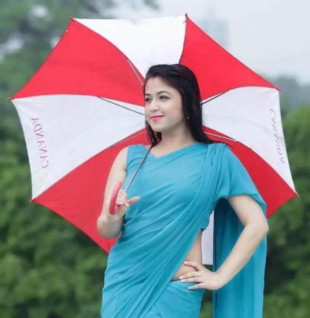 Faria Shahrin with Umbrella