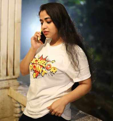Faria Shahrin with T-Shirt Picture