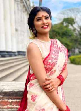 Toya with Saree Picture