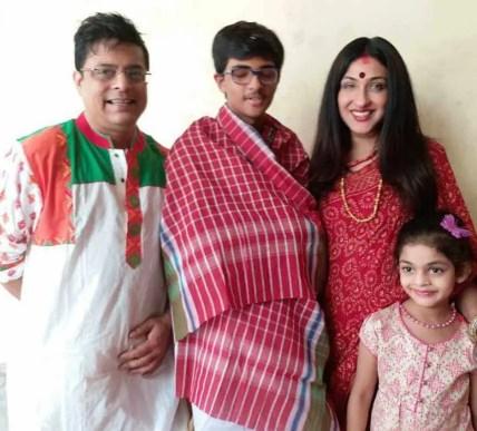 Rituparna Sengupta with her Family Photo