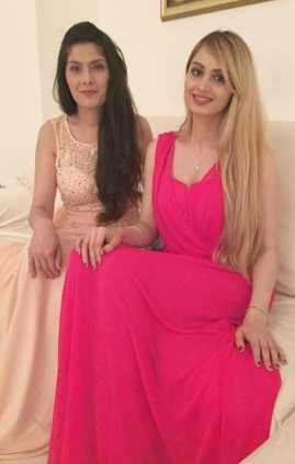 Lana Rose with her Mother