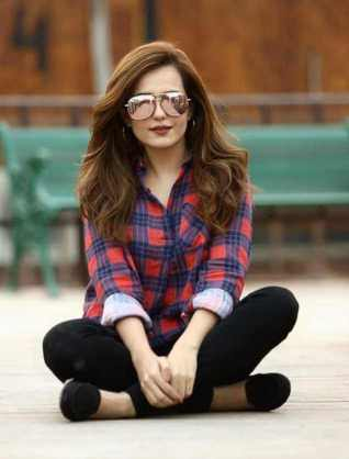 Sumbul Iqbal Stylish Picture