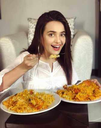 Sumbul Iqbal with foods