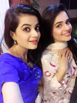 Sumbul Iqbal with her Sister