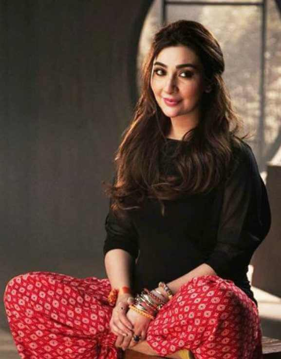 Ayesha Khan HD Image