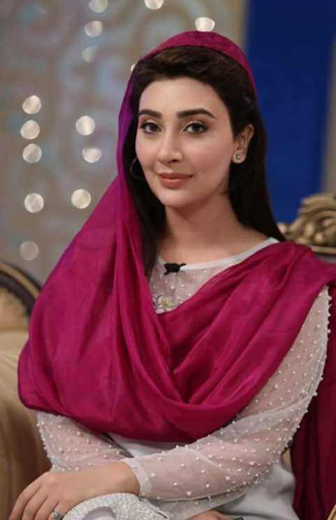 Ayesha Khan Picture