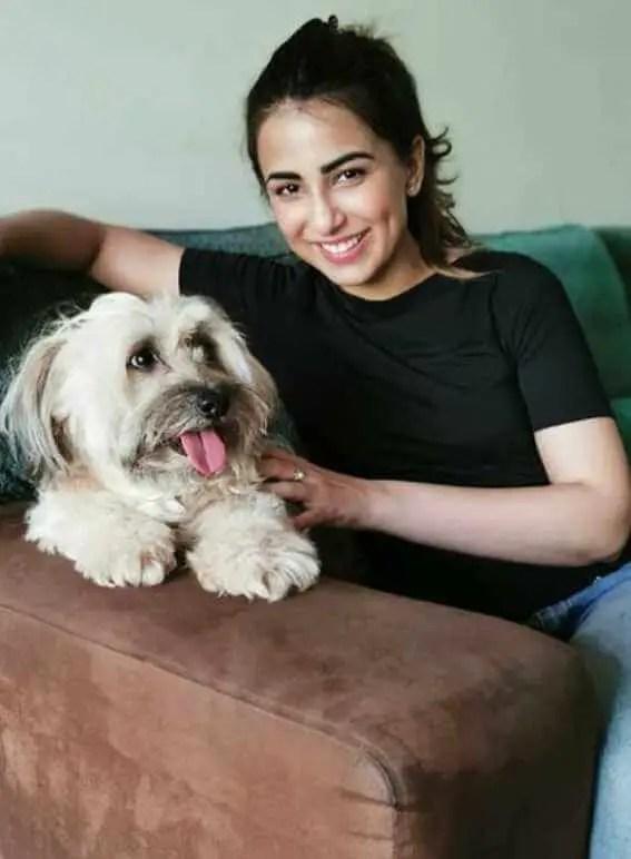 Ushna Shah with her Dog