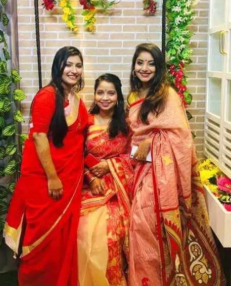 Nusrat Jahan Ontora with her Sister's