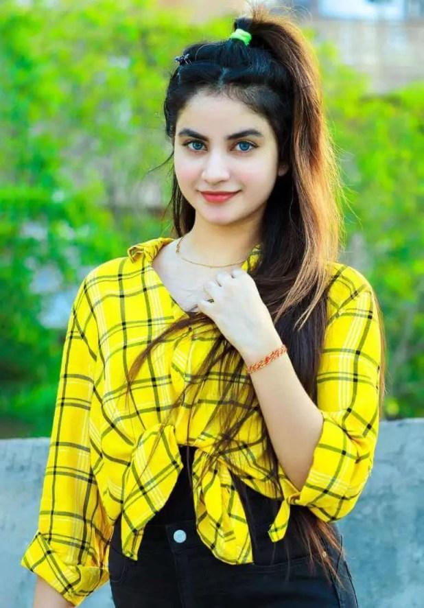 Piyanka Mongia Beautiful Images