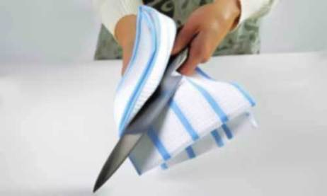 Dry knife with cloth