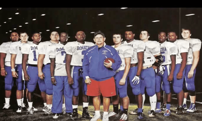Bill McGregor returns to DeMatha to be new head football coach