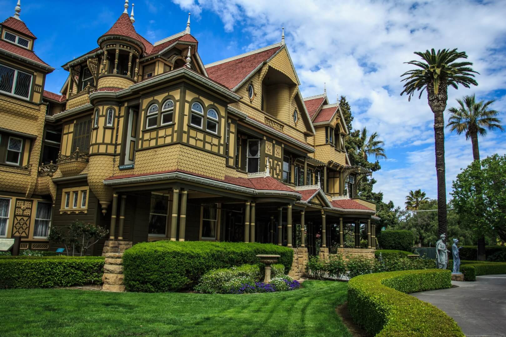 winchester mystery house opens for trick-or-treaters ages 12 and under