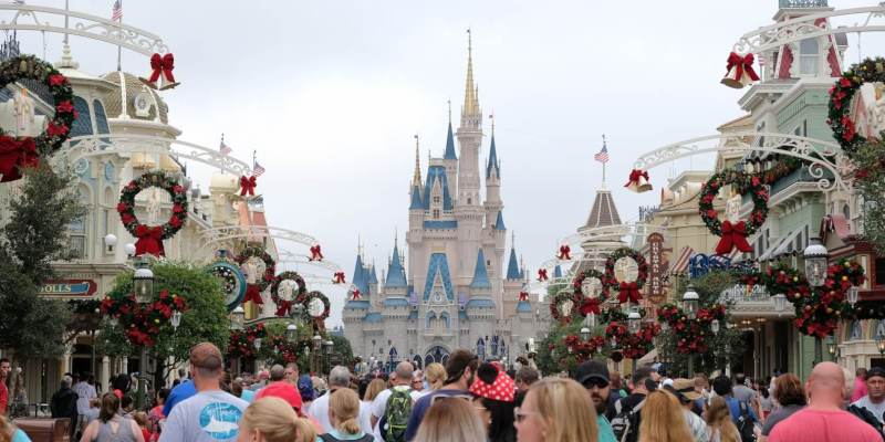christmas 2017 decorations arrive as magic kingdom prepares for mickeys very merry christmas party - When Does Disney World Decorate For Christmas 2017