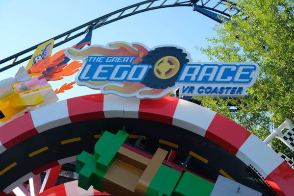 The Great LEGO Race Virtual Reality coaster officially ...