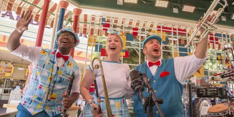 Photo du Pixarmonic Orchestra présent à Pixar Pier.