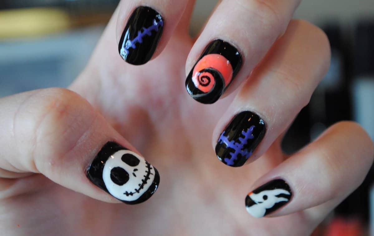 21 Disney Halloween Nail Art Ideas To Enhance Your Spooky Style