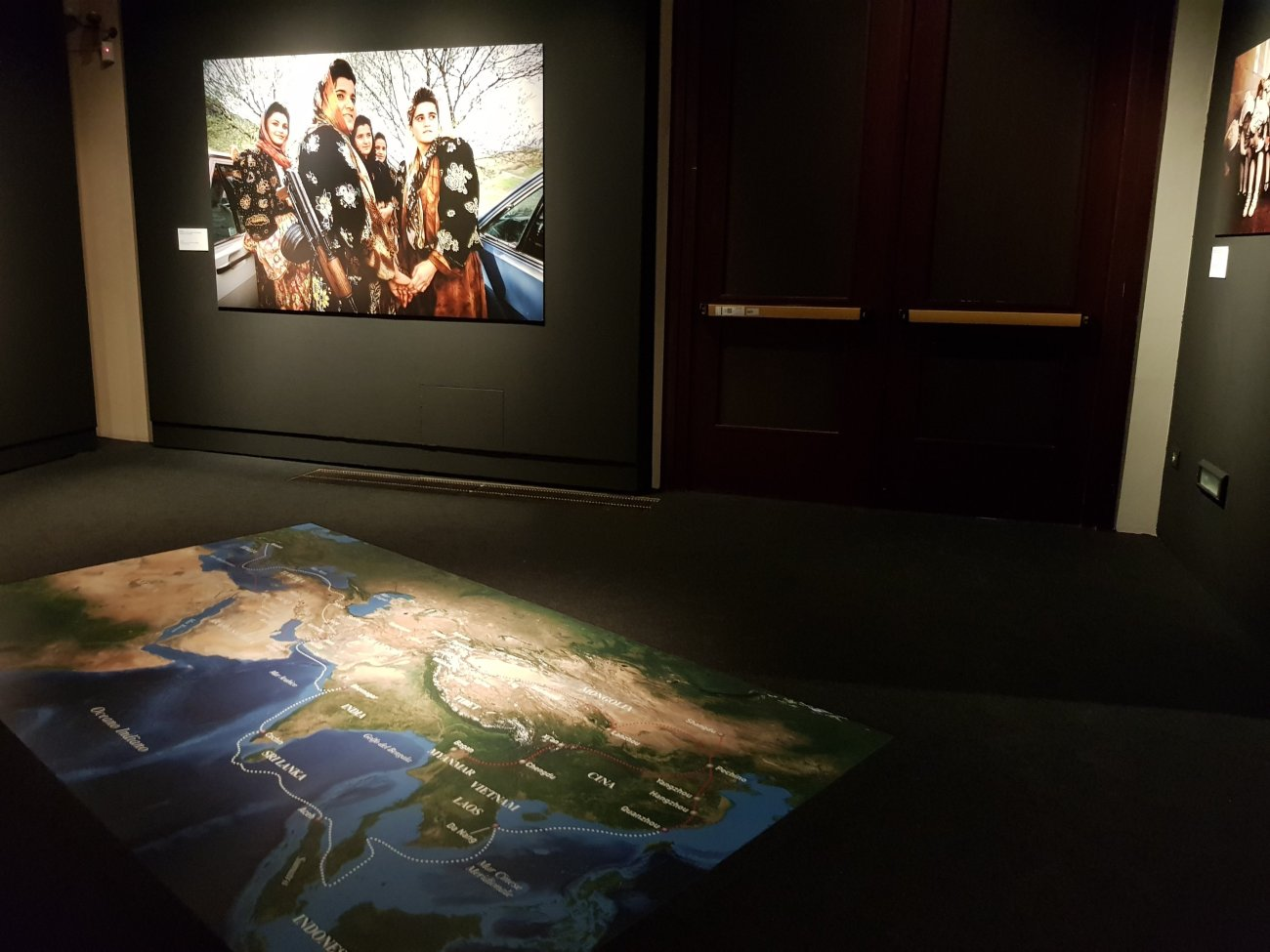 Picture from the the travel of Marco Polo (Michael Yamashita) exibition at Palazzo Blu in Pisa