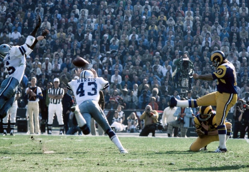 Cowboys Blog - Cliff Harris Crashes His Way Through #43 3
