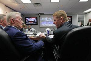 Cowboys Blog - 4th Overall Pick: The Cowboys DO NOT Go QB... 6