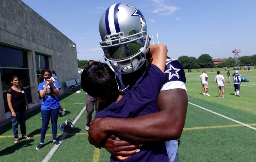 Cowboys Headlines - D-E-Z: Bryant Meets Spelling Bee Co-Champion Nihar Janga