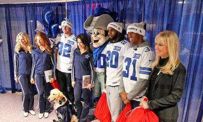 Cowboys Headlines - #CowboysGiveBack: Players And Coaches Make Visit To Children's Hospital