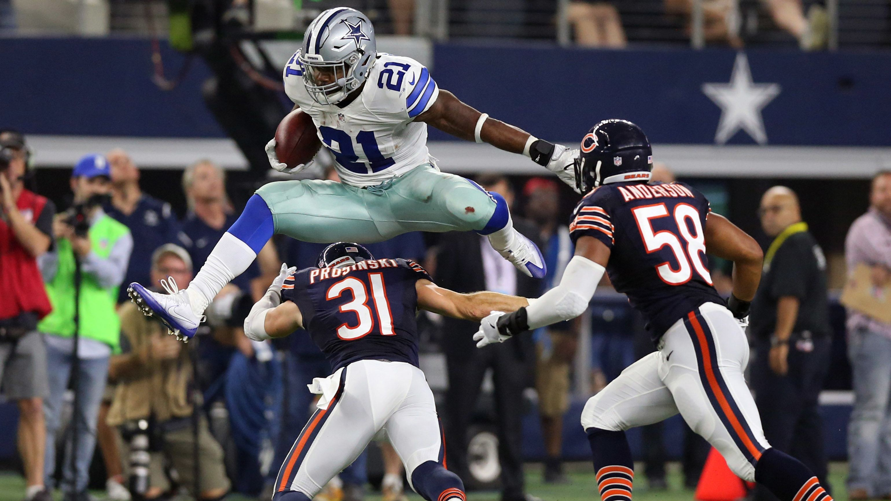Watch-ezekiel-elliott-leaping-over-the-competition