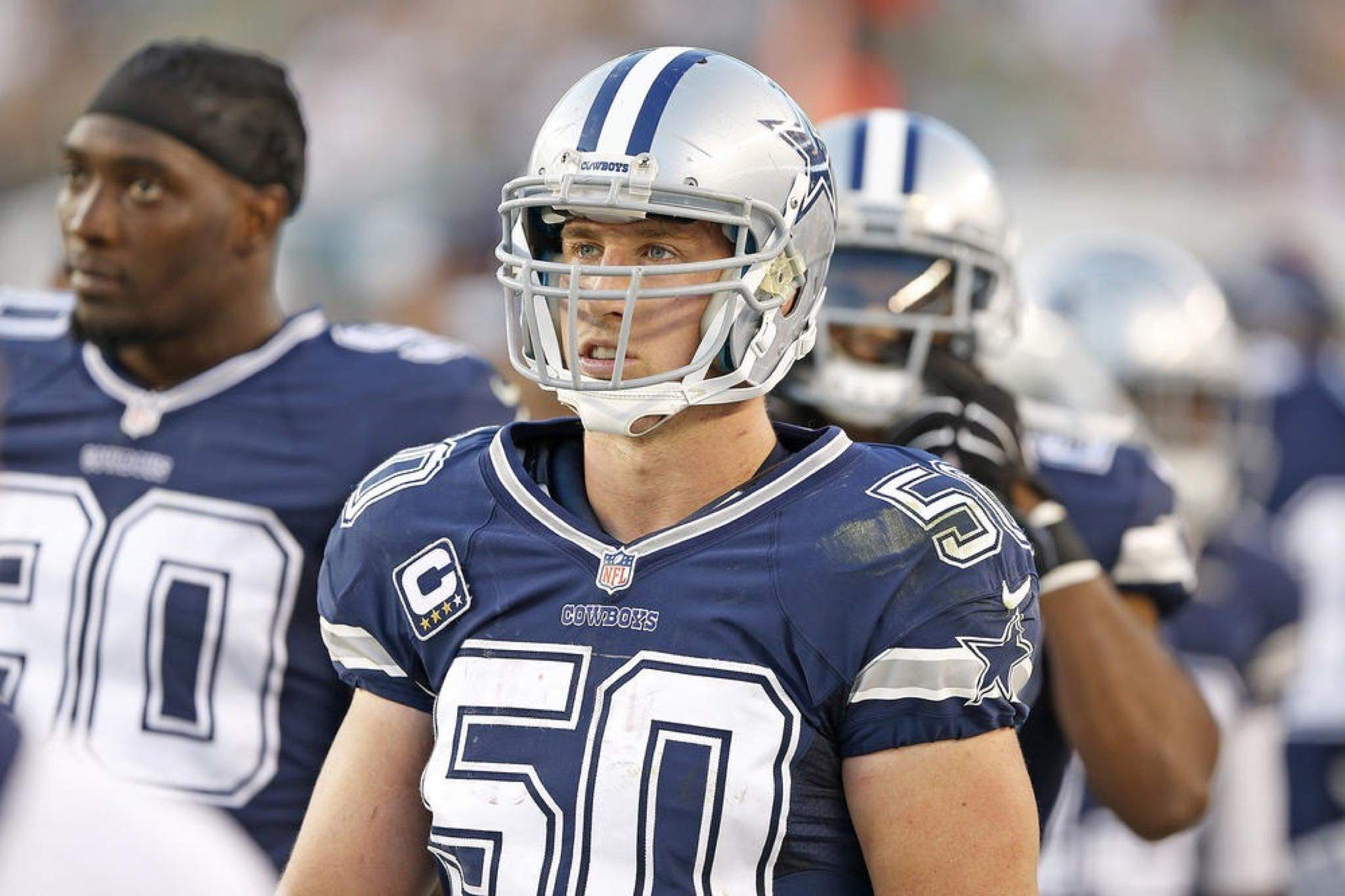 Bmartin_dallas-cowboys_less-is-more-for-sean-lee-and-cowboys-lbs