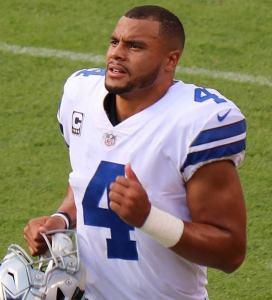 A Fully Focused Ezekiel Elliott can Carry the Cowboys into 2018 Playoffs