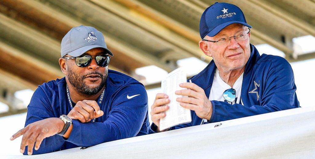 Jerry Jones once again says how unfair Ezekiel Elliott's suspension was