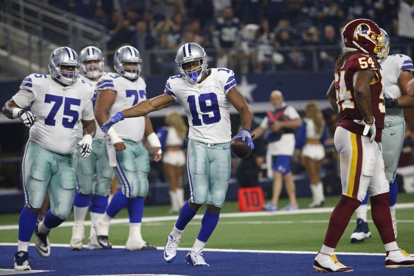 Report: Cowboys Waiting Until After Season for Amari Cooper Contract Talks