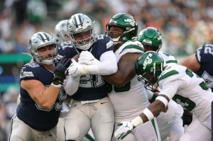 Ezekiel Elliott led Near Comeback vs Jets, Needs to be Focal Point Going Forward 1
