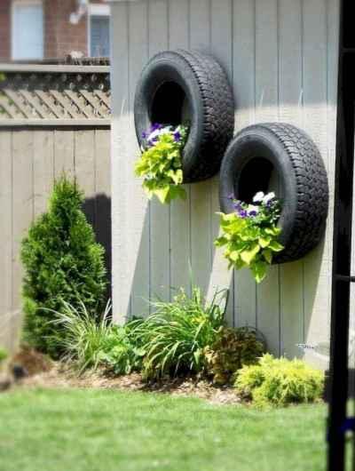 20 DIY Backyard Privacy Fence Design Ideas on A Budget