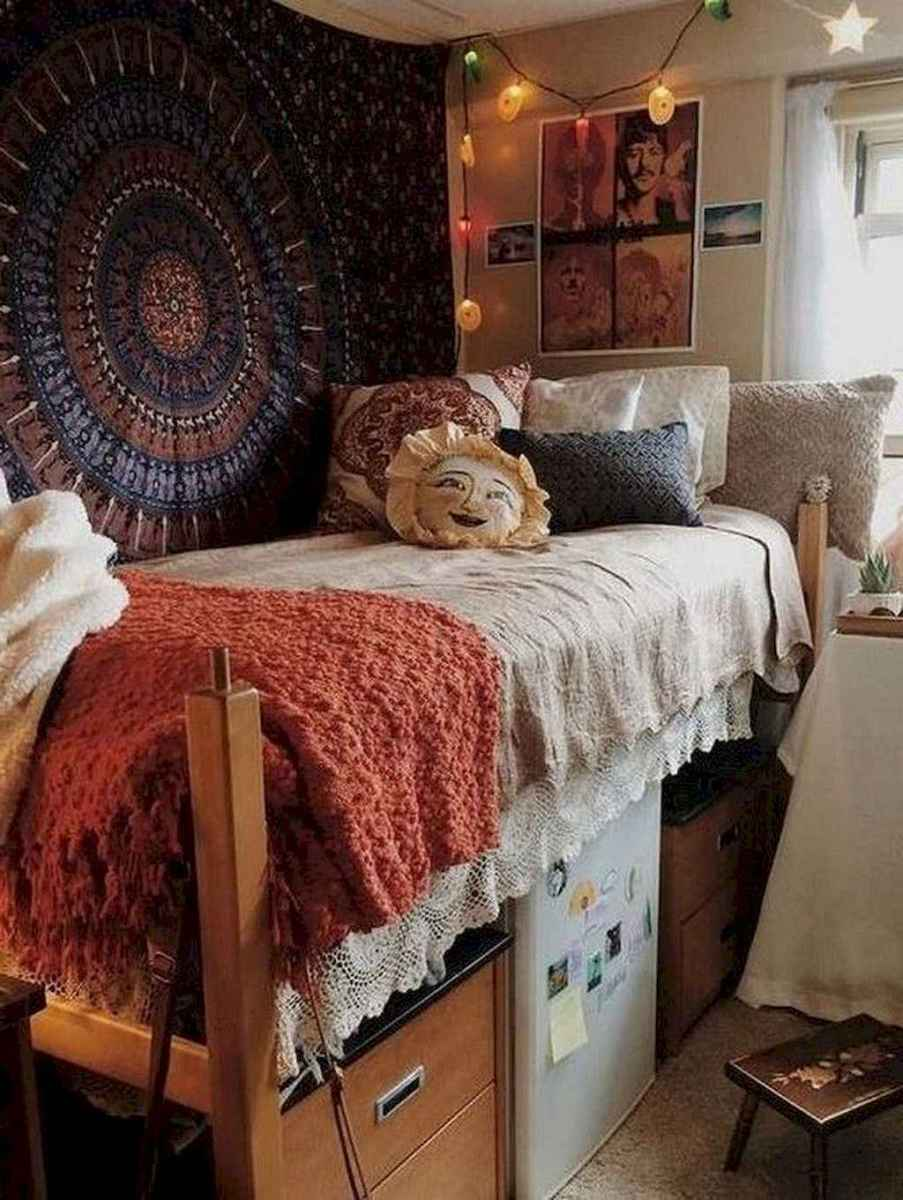 29 Cute Dorm Room Decorating Ideas on A Budget