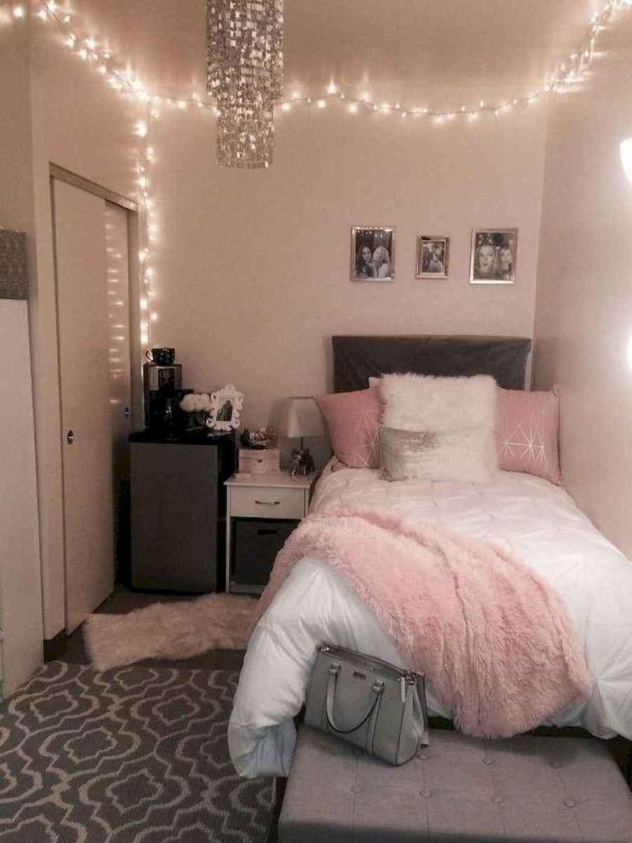 30 Cute Dorm Room Decorating Ideas on A Budget