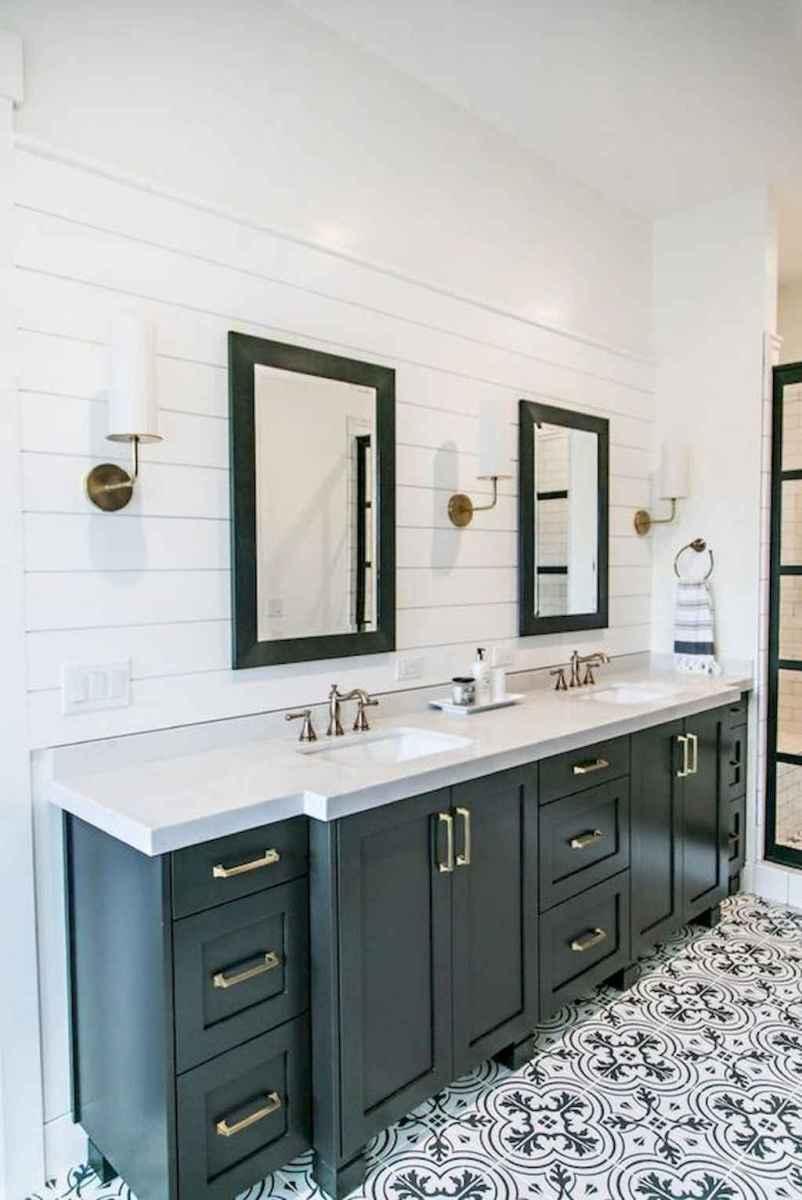 43 Modern Farmhouse Master Bathroom Remodel Ideas