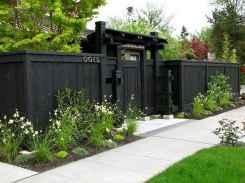 47 DIY Backyard Privacy Fence Design Ideas on A Budget