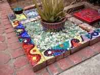 09 Excellent DIY Mosaic Garden Decoration Ideas for Front and Backyard Landscaping