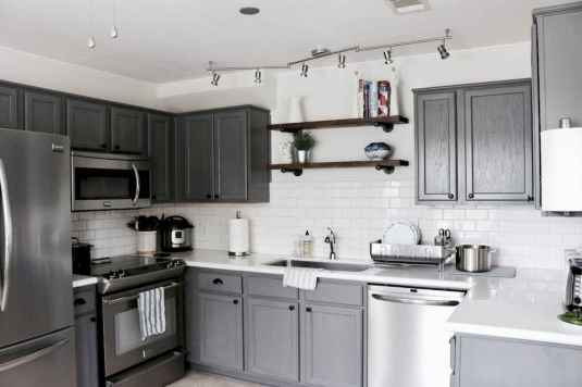 12 Incredible Farmhouse Gray Kitchen Cabinet Design Ideas